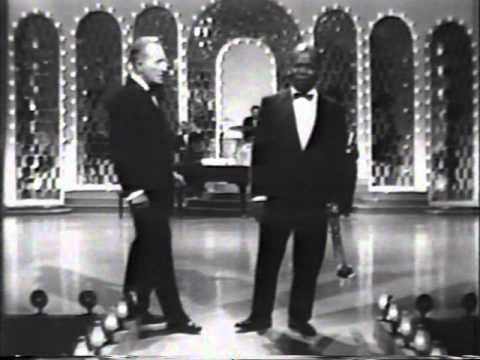 Bing Crosby & Louis Armstrong - Hollywood Palace Medley