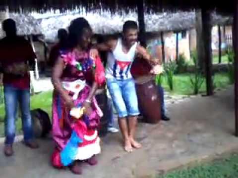 VITO GUARACHANDO BAILANDO GUAGUANCO' EN CUBA 2012 ! (parte 1)