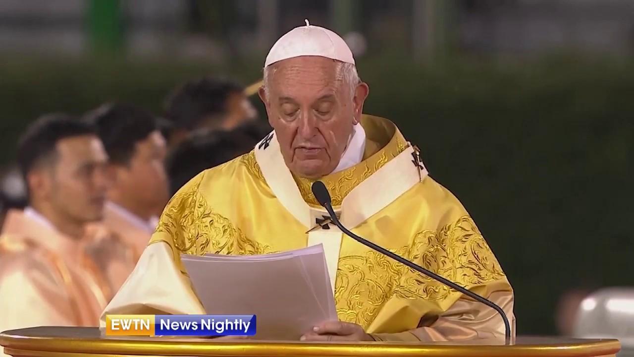 Pope Francis says Mass in Thailand's National Stadium - EWTN News Nightly