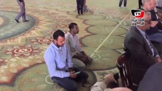 مدحت صالح ومصطفي حسني أول الحاضرين في جنازة عمرو سمير