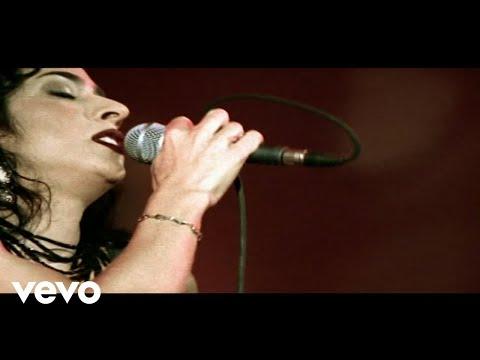 Music video by Marisa Monte performing Eu Te Amo, Te Amo, Te Amo (Ao Vivo No Rio De Janeiro / 2001). © 2005 Monte Criação E Produção Ltda