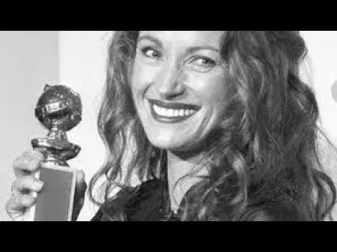 Jane Seymour wins the Best  Actress award for her role in DoctorQuinn Medicine Woman
