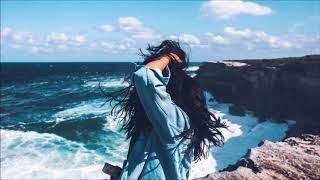 Leonell Cassio - Chasin' Balloons (ft. Krista Marina)