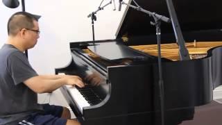 Neumann KM184 recording Piano. AKG C414 TL II as a room mic