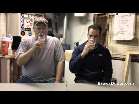 Tasting a Belgian White That Was Brewed With Cultured Yeast