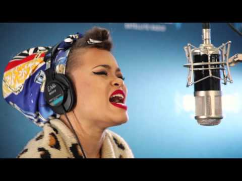 "Andra Day ""Forever Mine"" Live @ SiriusXM // Heart & Soul"