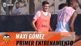 PRIMER ENTRENAMIENTO DE MAXI GÓMEZ CON EL VALENCIA CF
