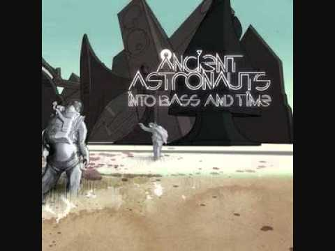 ancient astronauts - still a soldier