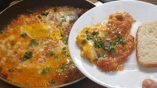 How To Make Menemen ( Turkish Eggs Dish With Cheese And Tomato Sauce | Easy Turkish Breakfast Recipe