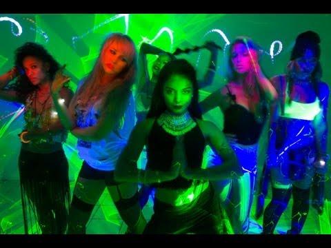 Vanessa Hudgens - $$$ex (feat. YLA)