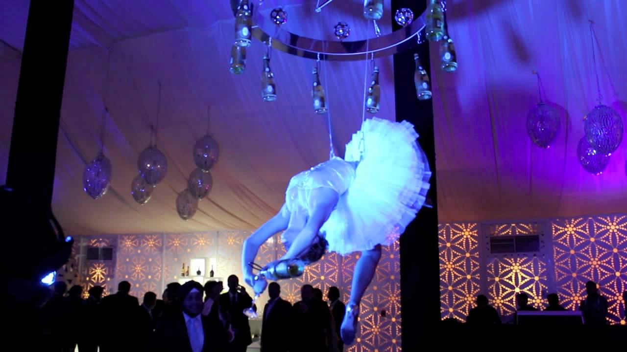 champagne chandelier girls  wedding, atlantis hotel, Lighting ideas