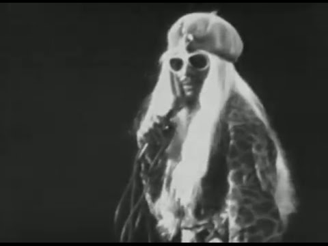 Parliament-Funkadelic - Give Up The Funk / Night Of The Thumpasorus Peoples - 11/6/1978 (Official)