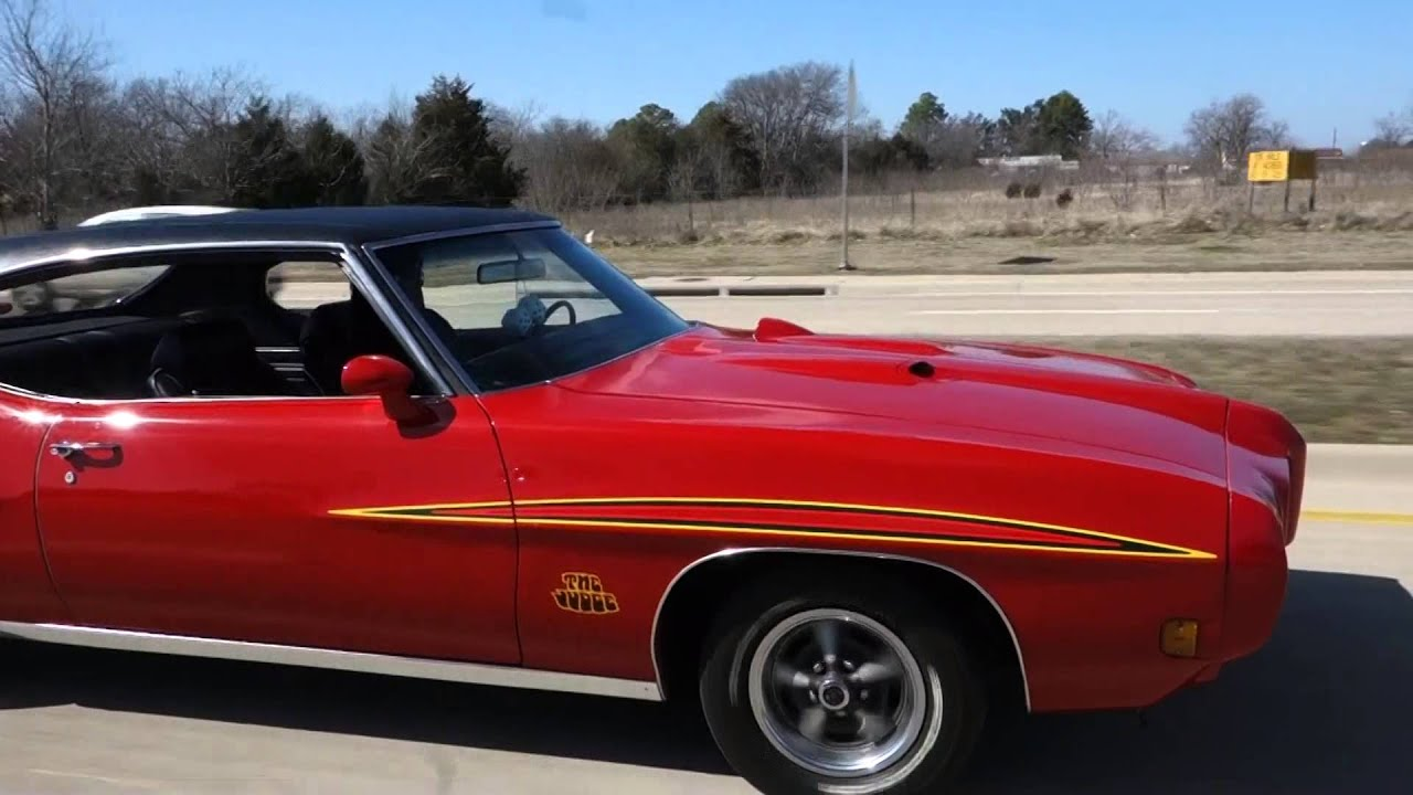 Sick 1970 Pontiac GTO Judge Musclecar getting down - YouTube
