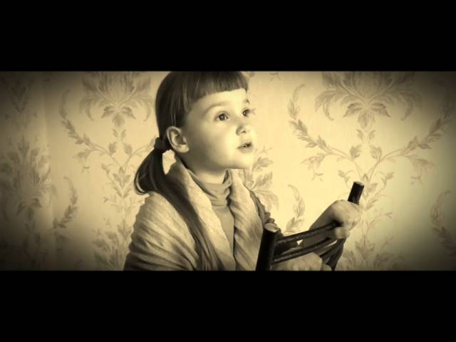 Изображение предпросмотра прочтения – ВиолеттаНаумчук читает произведение «Двадцать первое. Ночь. Понедельник…» А.А.Ахматовой