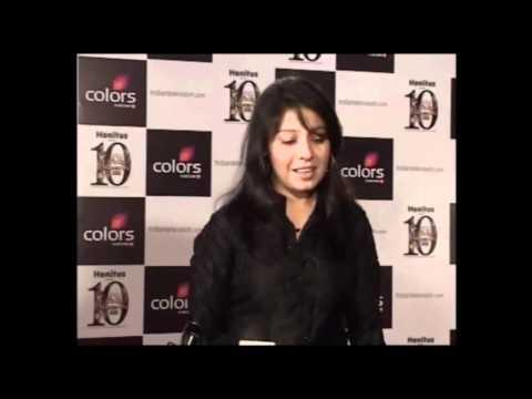 Live Sunidhi Chauhan Sings Sheela Ki Jawani