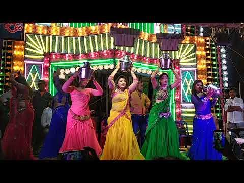 కారుచోళ తిరునాళ్ళలో  divya and swathi hot dance by bheema varam bulloda(1) thumbnail