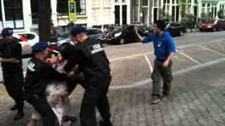 ISB pakt vleesetende zombies op