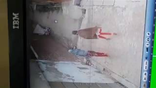 CCTV Footage gone viral 7 years old Girl Kidnapping case Pakistan