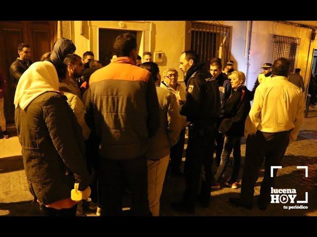 """VÍDEO: Incendio en un edificio de viviendas """"ocupadas"""" en la calle Pedro Izquierdo"""