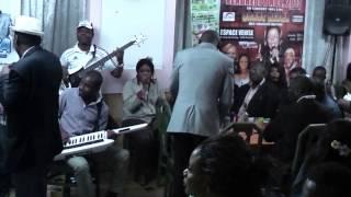 Dina Bell Live avec  les Majors au Foufou Club