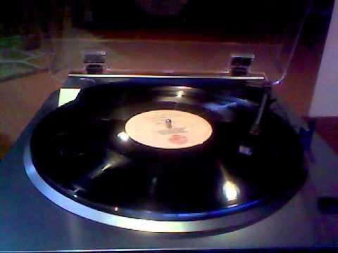 Fleetwood Mac - Sisters Of The Moon (Remix) - Vinyl Rip