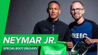 Neymar Jr Mercurial Vapor 11 unboxing and delivery - JayMike meeting NJR