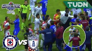 ¡EXPLOTARON LAS BANCAS! ¡Hay golpes!   Cruz Azul 1-0 Pachuca   Guard1anes 2021 BBVA MX   TUDN