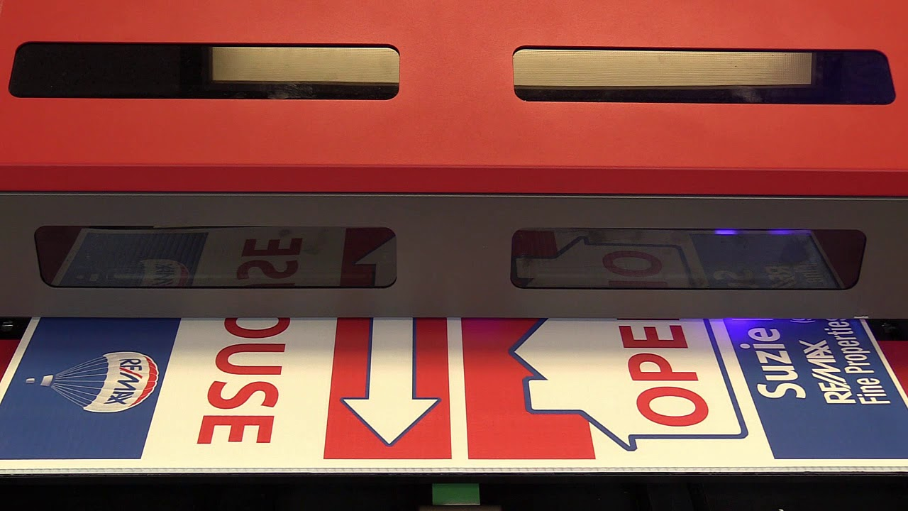 Uv Printer Making Coroplast Signs