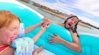 RESCUE MiSSiON!!  We Float a new Boat to Unicorn island across the lake! Family Day beach & swimming