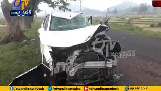 Speeding jeep Hits Car at vizag | 2 dead