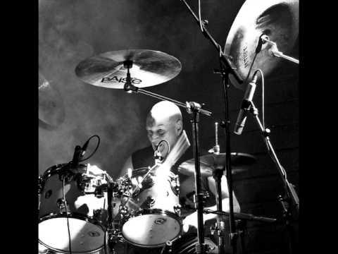 AC/DC - Moneytalks Live @ Donington (Drum Track)
