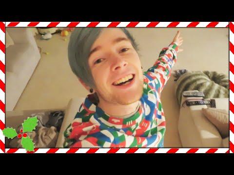 CHRISTMAS PRESENT FROM YOUTUBE!! | Vlogmas