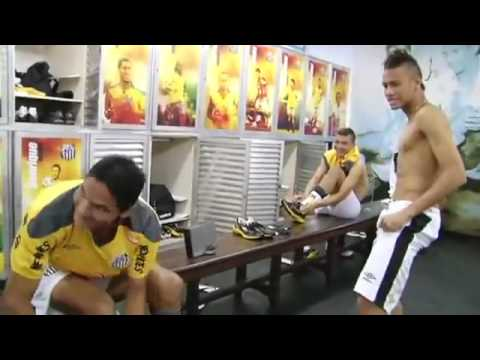 neymar dancing ai se tu pego micheltelo before santos game