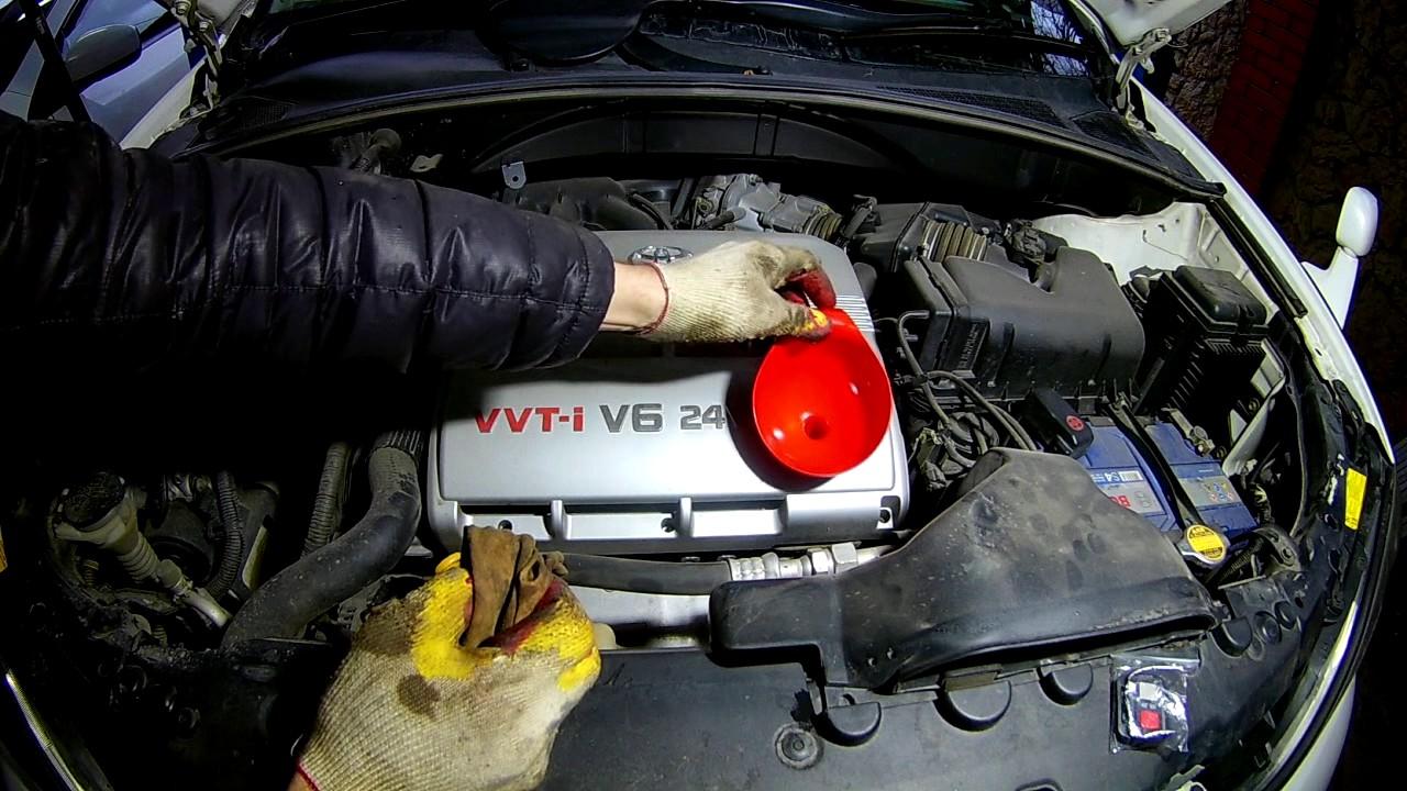 Замена масла и фильтров на Тойота РАВ4  2011 года  Toyota RAV4