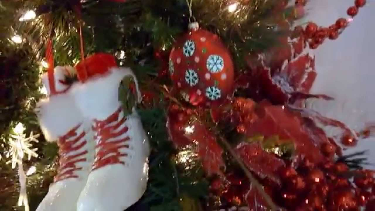How to make a snowman christmas tree topper - Snowman Head Tree Topper Shelley B Decorated Tree Christmas Tree Decorating