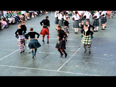 "Scottish ""Broadswords"" Dance"