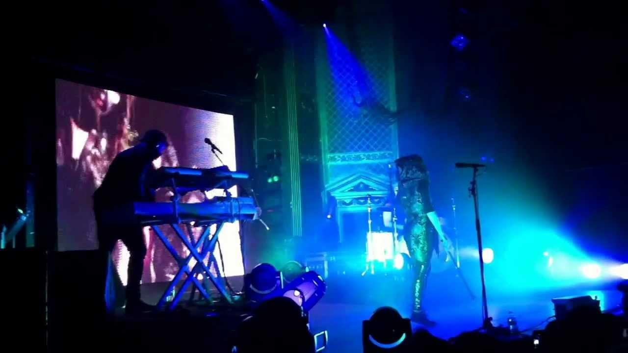 Lindsey Stirling (Moon Trance) - Denver 3/28/13 - YouTube