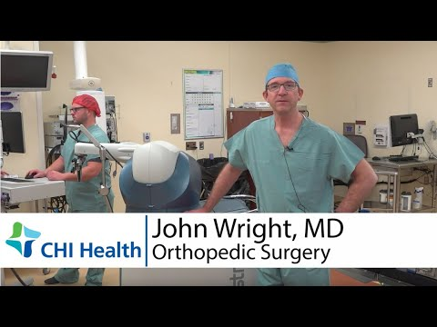 Robotic-arm Assisted Joint Replacement Surgery Vs. Traditional Surgery