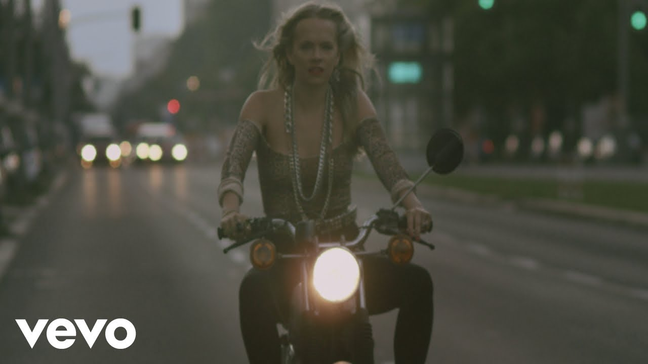 Asaf Avidan, The Mojos - One Day / Reckoning Song (Videoclip Day Version)