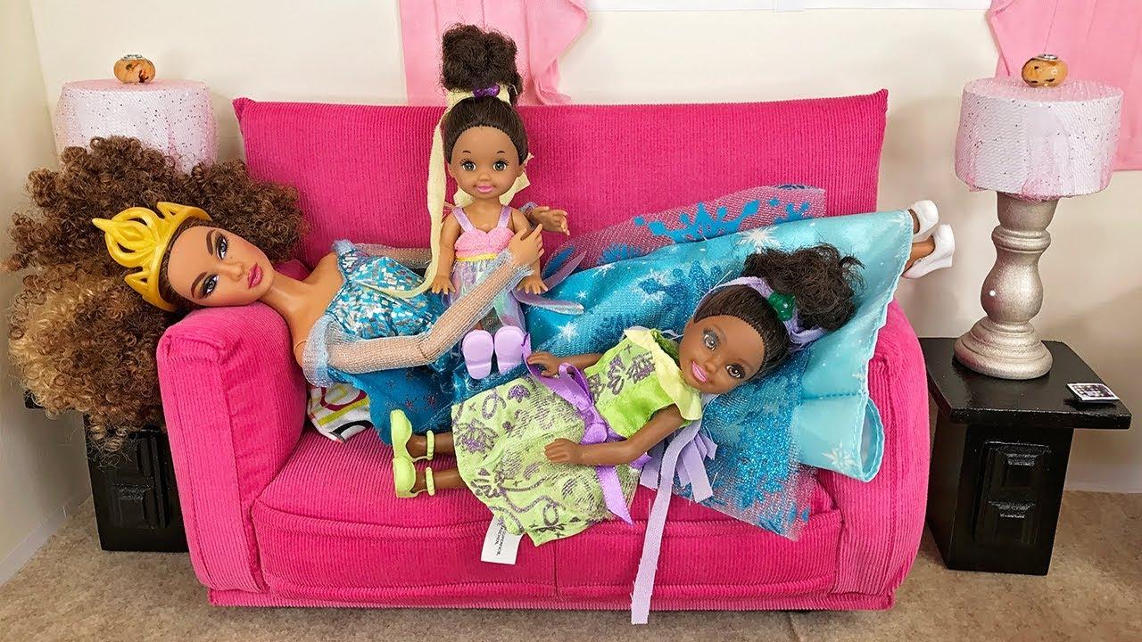 Barbie Sisters Spa Day! Hair Color Salon, Nails & McDonald\'s Food ...