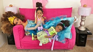 Barbie Sisters Spa Day!  Hair Color Salon, Nails & McDonald