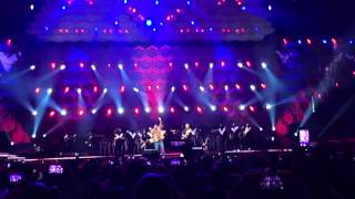 Justin Timberlake and Garth Brooks sing Friends in Low Plac