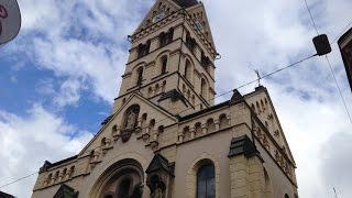 Innsbruck (A-I) - Landesgedächtniskirche Herz-Jesu - Glocke 1, Teilgeläute u. Vollgeläute