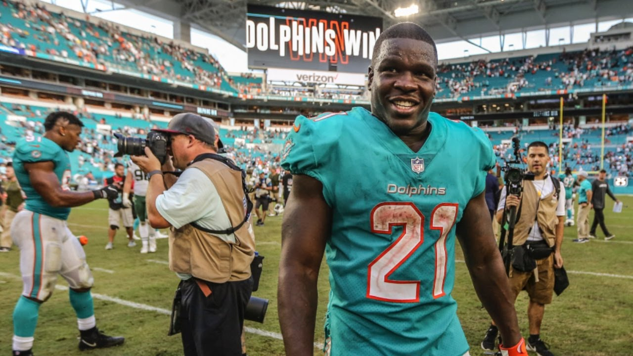 timeless design feb4d b9ff6 Dolphins running back Frank Gore passes Barry Sanders in scrimmage yards