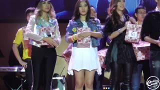 [Fancam] 141221 เอมน้ำจั่น จับรางวัล AF11 Mini concert Thumbnail