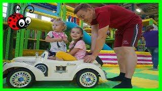 Teren de joaca pentru copii si parinti Playground for kids and family
