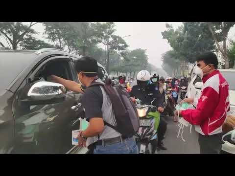 شلل تام في إندونيسيا.. رؤية معدومة للطائرات والسيارات  - نشر قبل 2 ساعة