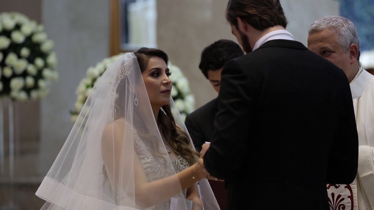 Romantic Vows at a Traditional Mexican Wedding - YouTube