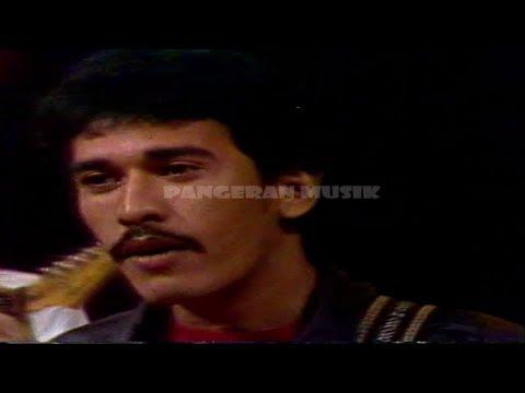 Free download lagu Mp3 Iwan Fals - Mata Indah Bola Pingpong  (Selekta Pop Music Video & Clear Sound) di ZingLagu.Com