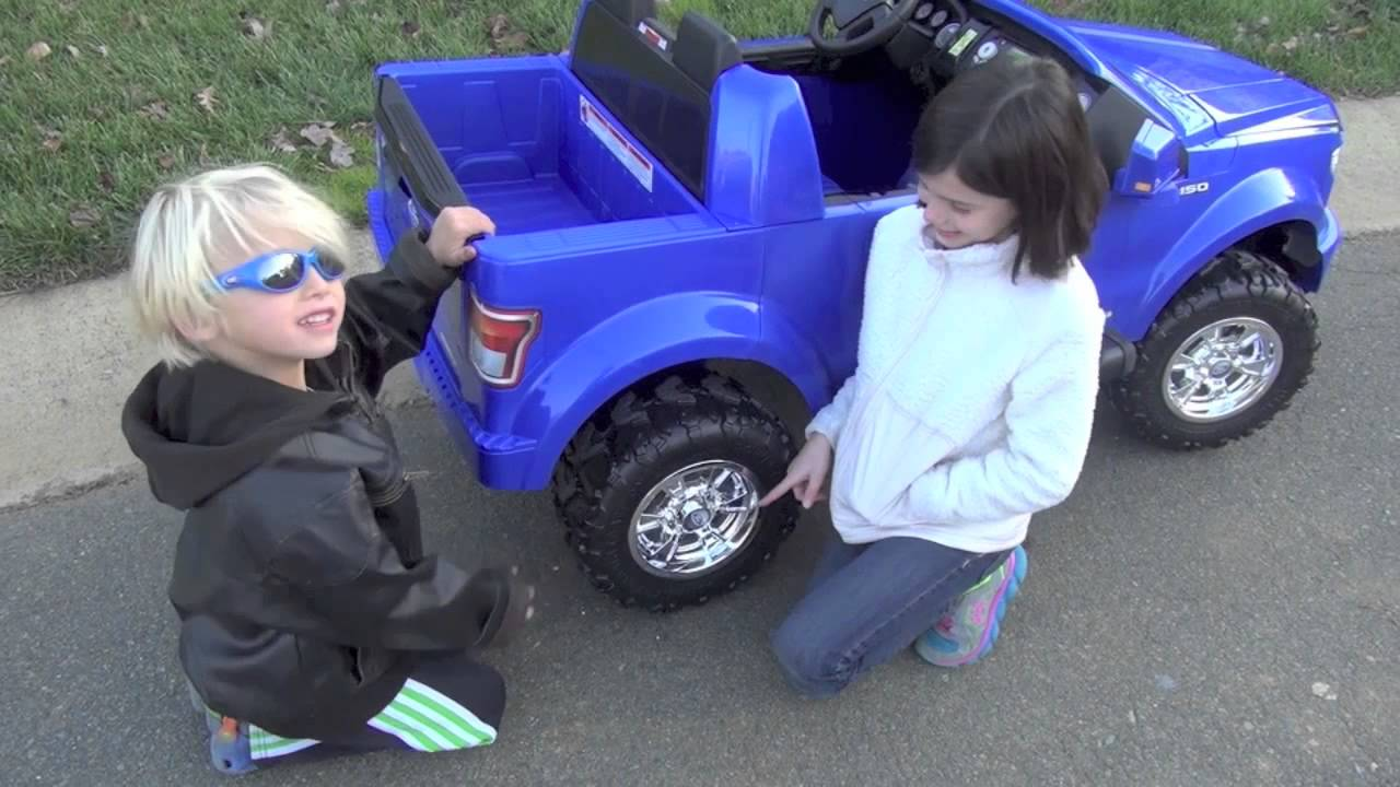 a25b83bb7d3ca Fisher Price Ford F150 POWER WHEELS Review - YouTube